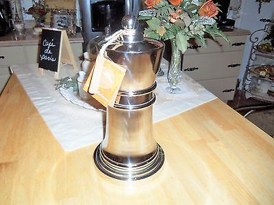 Tommy Bahama Queen Chess Piece Chrome Metal Martini Liquor Bar Cocktail Shaker
