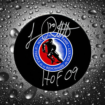 Luc Robitaille Hockey Hall of Fame HOF Autographed Puck
