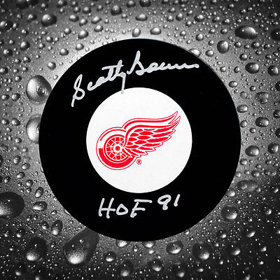 Scotty Bowman Detroit Red Wings HOF Autographed Puck