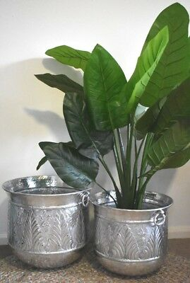 NEW Set of 2 Aluminum Silver Indoor/Outdoor Pot Plant/Planter Holder/Holders