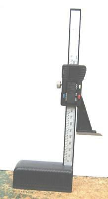 "WOODWORKERS DIGITAL HEIGHT GAUGE 6""/150 mm WITH SCRIBER FROM CHRONOS"