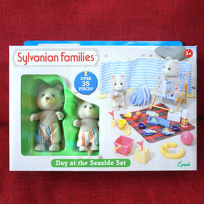 Sylvanian Families DAY AT THE SEASIDE SET Epoch UK 4870 Calico Critters