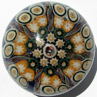 Salvadore Ysart Brothers Spoke Paperweight  / Briefbeschwerer