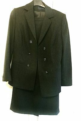 Grey Ladies skirt suit - size8 - immaculate condition