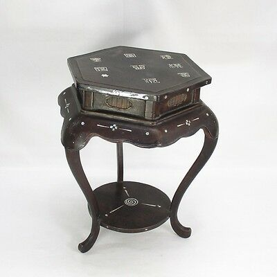 D995: Real Chinese old lacquer ware decorative stand with mother-of-pearl work