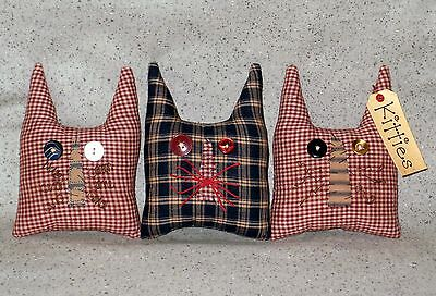 3 Patriotic Fabric KITTIES Cat Bowl Fillers~Button Eyes~Rusty Wire Whiskers