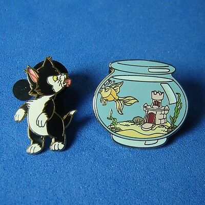 Figaro and Cleo In Fish Bowl 2 Pin Set Disney Pin DLR RARE Pinocchio