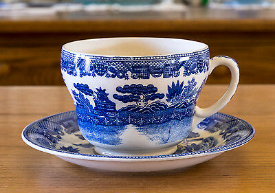 Blue Willow LARGE OVER SIZED 24 OZ Cup & Saucer  Maker Unknown
