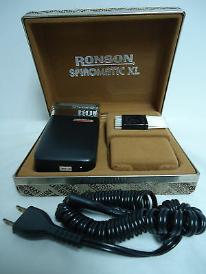 Vintage Ronson Electric Shaver In Case, Cord Brush Case Razor NEAR MINT WORKS!