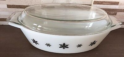 Pyrex Gaiety Vintage Oval Casserole Dish And Lid