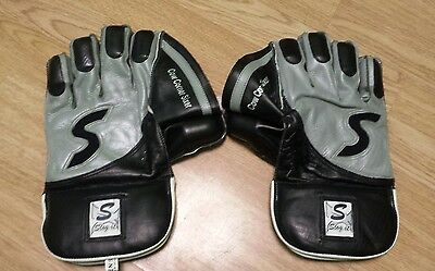 Slog It Wicket Keeping Gloves , Clearance Sale New Price £35