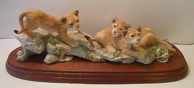 Border Fine Arts Figurine Lion Cubs RW61