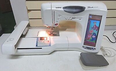 Brother Pacesetter ULT2003D Computerized Sewing Embroidery Machine, beautiful