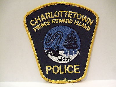 police patch  CHARLOTTETOWN POLICE PRINCE EDWARD ISLAND PEI CANADA OLD DIF CREST