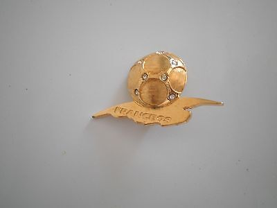 Broche Pin's Yves Saint Laurent Ancienne Collection France 98