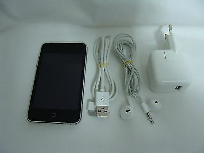 Apple-iPod-touch-3th-Generation-Black-8GB-Working-Condition
