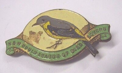 Gould League of Bird Lovers The Yellow-Breasted Robin 1949 Member Badge Pin