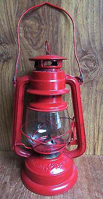 RED SWALLOW BRAND 29cm LANTERN - KEROSENE HURRICANE LAMP - CAMPING etc - UNTESTE