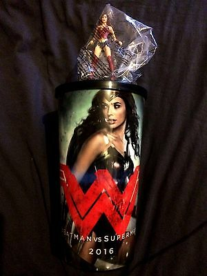 Gal Gadot wonder woman Movie theater promo cup México topper & lid 2016