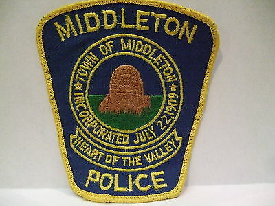 police patch  MIDDLETON  POLICE NOVA SCOTIA  CANADA  DEFUNCT OLD STYLE