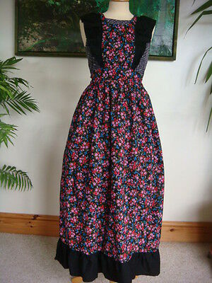 "Original Vintage 1970's ""Upstairs Downstairs"" Maxi Full Apron + Bib & Frills"