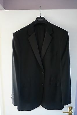 Moss Bros Tuxedo Dinner Suit (Jacket 44R, Trousers 42R)