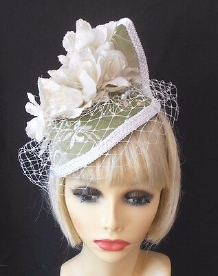 VINTAGE INSPIRED 1940's 1950's STYLE GREEN & CREAM ROSE COCKTAIL HAT PILLBOX HAT