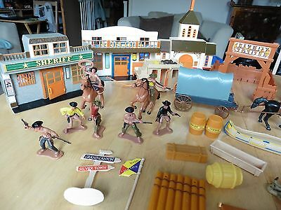 cowboys and indians plastic toy soldiers teepee totem pole horses wagon
