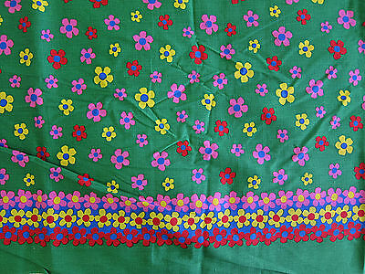 Vintage 60s 70s Cotton Fabric Hippie Daisy Flower Mod Floral on Green 4 Yards