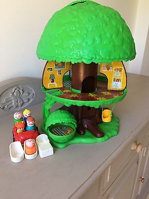 Vintage Fisher Price Tree House, Figures and Furniture, 1970s Rare