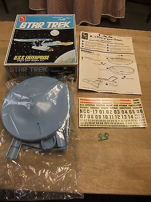 Star Trek USS Enterprise Spaceship Model Kit AMT S951651; Blue Plastic; Vintage