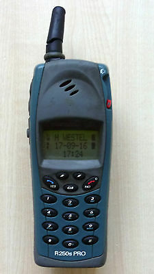 Ericsson R250 Pro Waterproof Retro Mobile Phone R250s Green - Tested, working