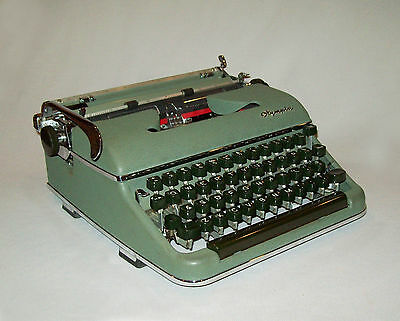 Vtg 1950s Olympia SM3 Portable Typewriter W German Moss Green Works Great W/Case