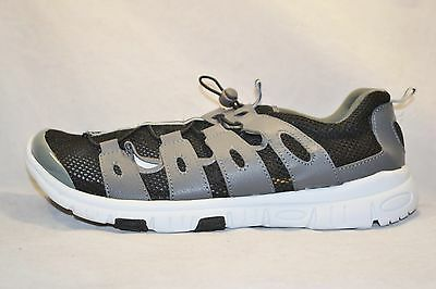 Extreme RocSoc Mens Aqua Water Shoes Sandals size 8 NEW Hikers Grey Black