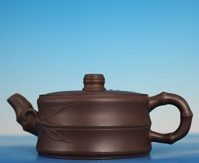 Rare Old Chinese YiXing Zisha Pottery Bamboo Carving Teapot Marked LuXian PT013