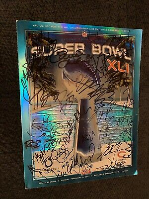 2006-7 Indianapolis Colts Team signed Super Bowl XLI Program Peyton Manning + 27