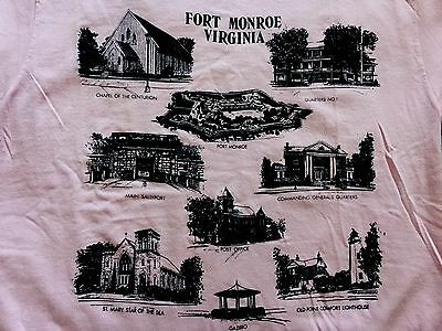 Vintage JOSTENS Sports Wear Fort Monroe Virginia USA T Shirt Adult T-shirt Large