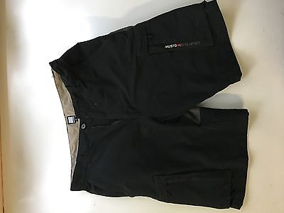 Men's Musto Evolution sailing shorts size 32