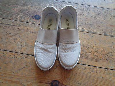 Ladies Beige Leather & Textile Schuh Slip On Shoes Size 3