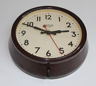VINTAGE SMITHS SECTRIC  BAKELITE ELECTRIC WALL CLOCK. Works
