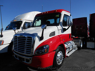 2016 Freightliner Cascadia Day Cab Detroit Dd13 12.8L 505Hp 10 Speed Low Miles