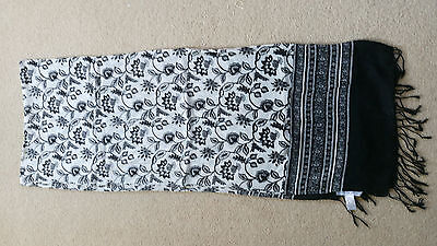 Laura Ashley Scarf! New, never worn! Black and White!