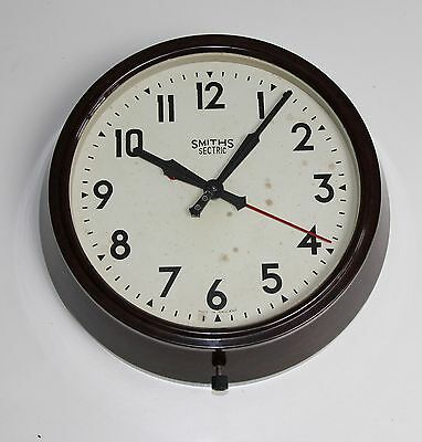 Smiths Sectric  Vintage  Bakelite Working Electric Wall Clock.