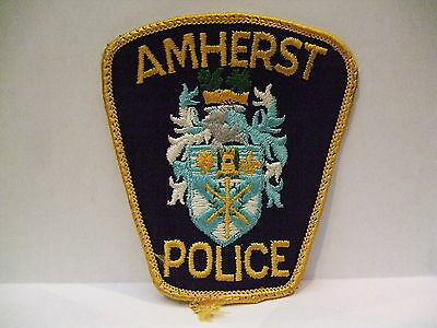 police patch  AMHERST POLICE NOVA SCOTIA  CANADA  DIFFERENT CREST COLOUR