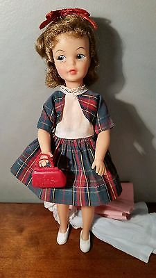 """Vintage 9"""" Ideal Tammy Family Pepper Doll G9W-1 With 3 Dresses-Purse-Shoes-Euc"""