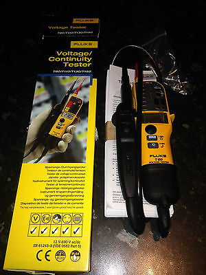 Fluke T150 Voltage & Continuity Electrical Tester  *UK Spec* BRAND NEW