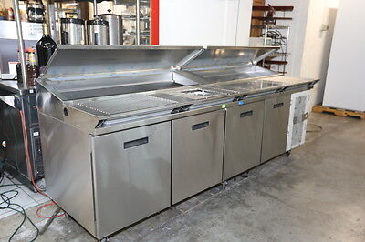 RANDELL 8000n series PIZZA  PREP TABLE 111 inch.