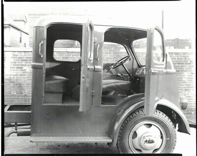Circa 1940 white crew cab truck photo reprint 699 picclick uk circa 1940 white crew cab truck photo reprint publicscrutiny Image collections