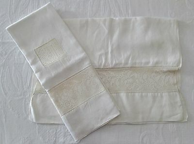 Antique Linen Pillow Case & Matching Runner Filet Crochet Insets Elegant!