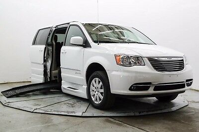 2014 Chrysler Town & Country Touring Braunability Handicap Wheelchair Access Side Ramp Power XT Touring DVD 23K Save